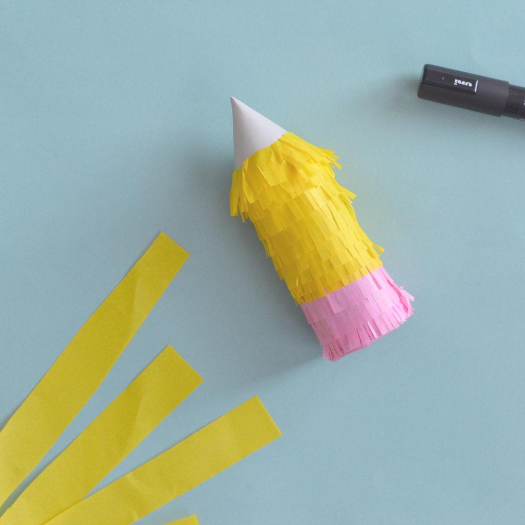diy pignatta matita